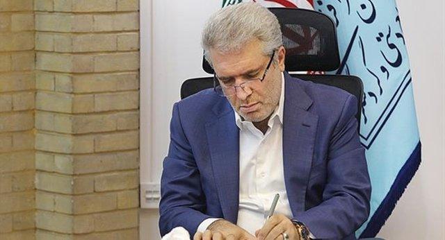 موافقت مونسان با استعفای 2 معاون خود