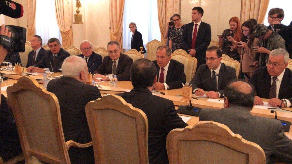 لاوروف بیان کرد: استقبال روسیه از تلاش ها برای خارج کردن برجام از بن بست