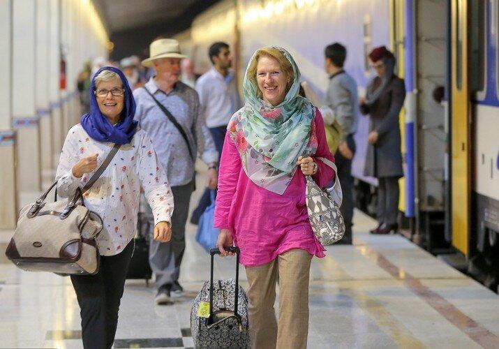 چرا سفر اروپایی ها به ایران کم شد؟