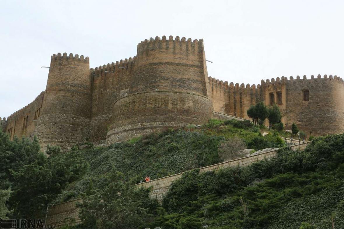 خبرنگاران قلعه فلک الافلاک خرم آباد مرمت می گردد