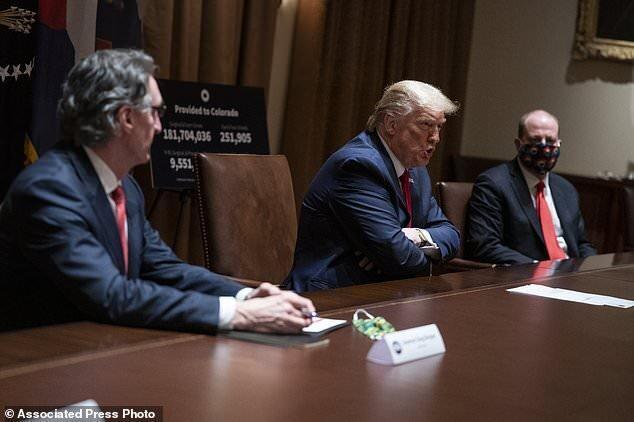 ترامپ: ماسک داشتن اختیاری است