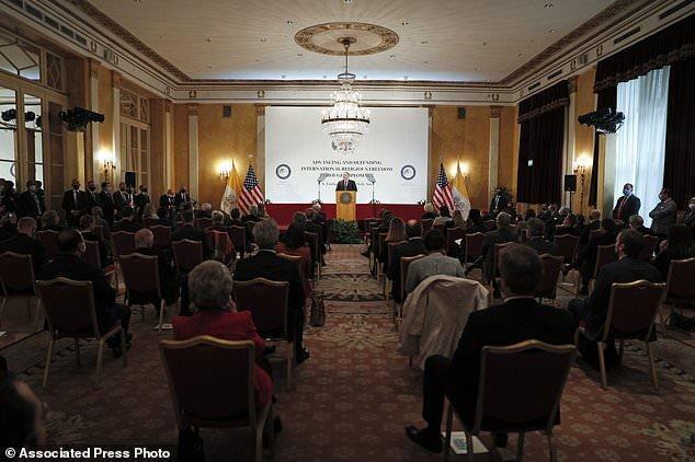 پامپئو در واتیکان از چین انتقاد کرد، پاپ وزیر خارجه آمریکا را نپذیرفت