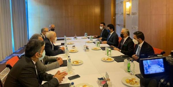 ملاقات ظریف با عبدالله عبدالله، تأکید بر ضرورت برگزاری گفت وگوهای بین الافغانی