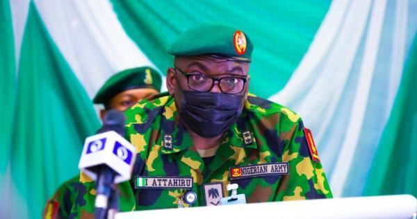 فرمانده ارتش نیجریه در سانحه هوایی جان باخت