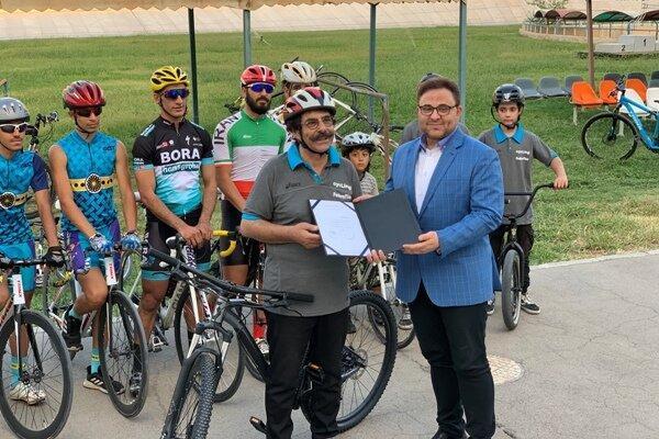 علیرضا افتخاری سفیر سلامت فدراسیون دوچرخه سواری شد